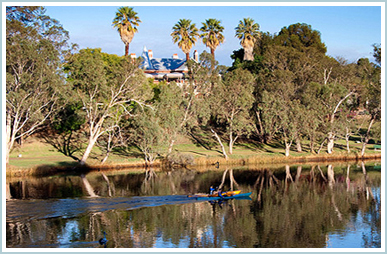Across the Swan River - Earlsferry House B&B